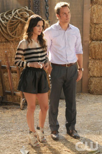 Rachel Bilson and Scott Porter Hart of Dixie Photo