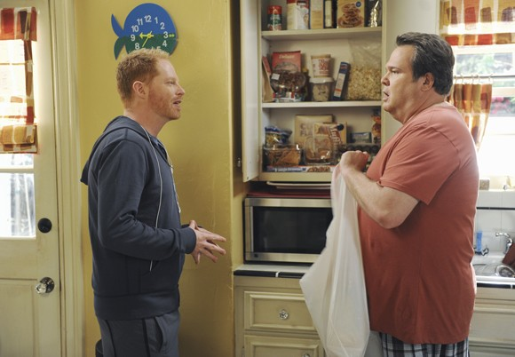 Jesse Tyler Ferguson and Eric Stonestreet Modern Family Photo