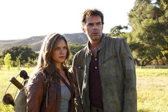 Tracy Spiridakos and Billy Burke Photo