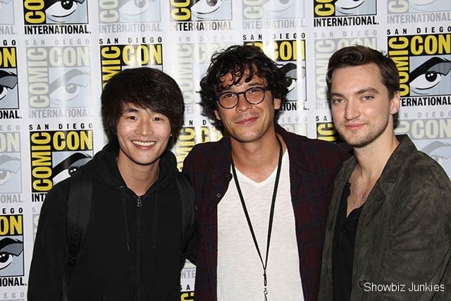 The 100 Cast Photo Gallery San Diego Comic Con 2017
