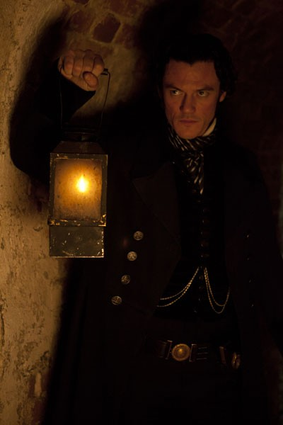 Luke Evans The Raven Photo