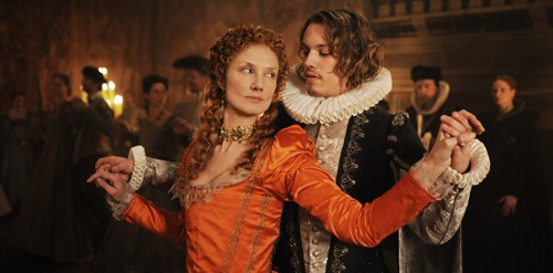 Joely Richardson and Jamie Campbell Bower in Anonymous