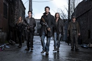 Sarah Carter, Drew Roy, Noah Wyle, Colin Cunningham and Will Patton in Falling Skies.