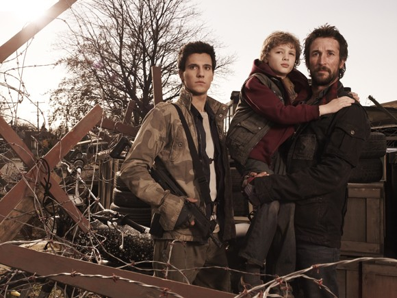 Drew Roy, Maxim Knight and Noah Wyle in Falling Skies