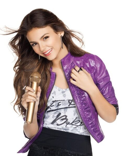 Victoria Justice in Victorious