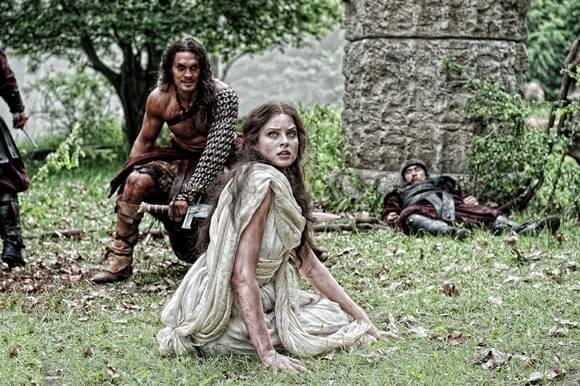 Jason Momoa and Rachel Nichols in Conan the Barbarian