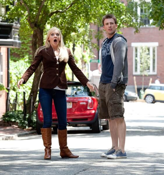 Anna Faris and Chris Evans in 'What's Your Number?'