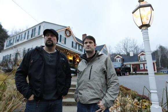Jason Hawes and Grant Wilson in 'Ghost Hunters'