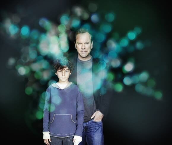 Kiefer Sutherland and David Mazouz star in Touch