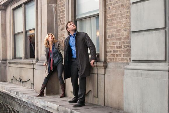 Elizabeth Banks and Sam Worthington in 'Man on a Ledge'