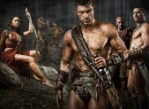 Katrina Law as Mira, Liam McIntyre as Spartacus, Peter Mensah as Oenomaus, & Manu Bennett as Crixus
