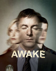 Laura Allen as Hannah Britten, Jason Isaacs as Michael Britten, Dylan Minnette as Rex Britten in 'Awake'