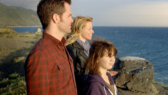 Chris Pine, Elizabeth Banks and Michael D'Addario in People Like Us