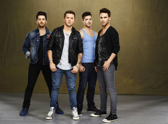 Teddy Forance, Travis Wall, Kyle Robinson, Nick Lazzarini star in 'All the Right Moves'