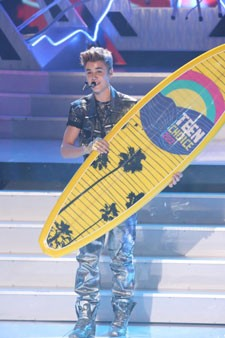 Justin Bieber at the 2012 Teen Choice Awards