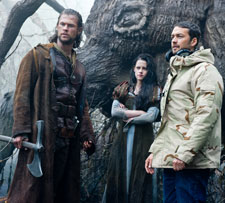 Chris Hemsworth, Kristen Stewart and Rupert Sanders on the set of 'Snow White and the Huntsman'