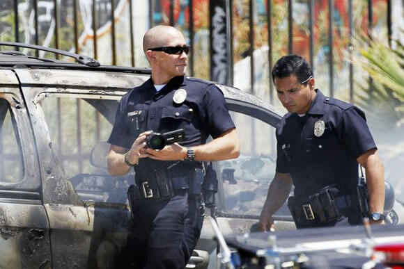 Jake Gyllenhaal and Michael Pena in 'End of Watch'