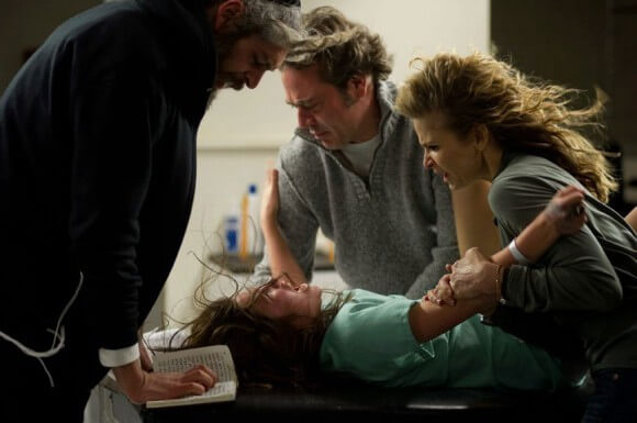 Matisyahu, Natasha Calis, Jeffrey Dean Morgan and Kyra Sedgwick in 'The Possession