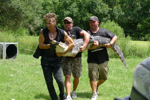 Billy the Exterminator season 6 photo