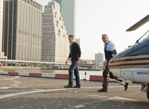 Chris Pine and Kevin Costner in Jack Ryan