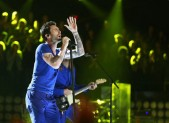 Maroon 5 performs on 'The Voice'