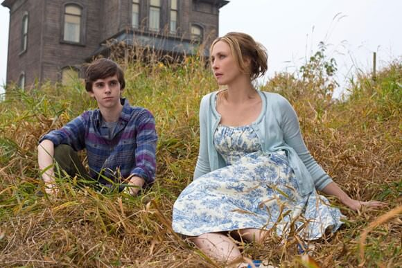 Freddie Highmore and Vera Farmiga in 'Bates Motel'