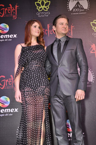 Gemma Arterton and Jeremy Renner