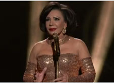 Shirley Bassey 2013 Oscar Performance of Goldfinger