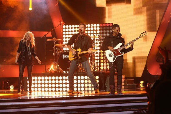 Shakira, Blake Shelton, and Usher on The Voice Sing Come Together