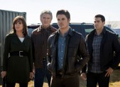 Linda Grey, Patrick Duffy, Josh Henderson and Jesse Metcalfe in Dallas