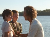 Tye Sheridan, Jacob Lofland and Matthew McConaughey in Mud