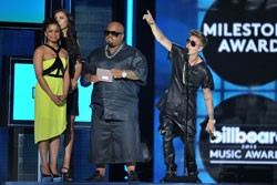 CeeLo Green and Justin Bieber at the 2013 Billboard Music Awards