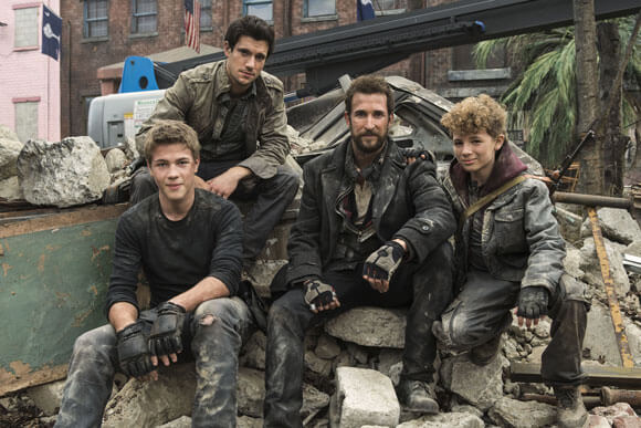 Noah Wyle, Drew Roy, Maxim Knight, and Connor Jessup star in 'Falling Skies'