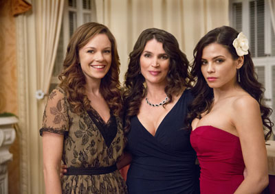 Rachel Boston, Julia Ormond and Jenna Dewan Tatum Witches of East End