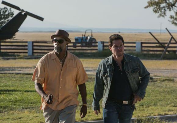 Denzel Washington and Mark Wahlberg in '2 Guns'