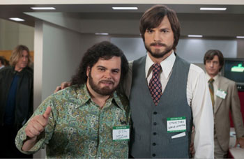 Josh Gad and Ashton Kutcher in Jobs
