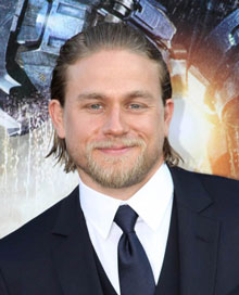Charlie Hunnam Cast in 50 Shades of Grey