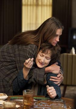 Julia Roberts Wins Hollywood Supporting Actress Award