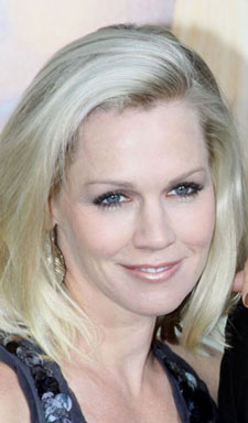 Jennie Garth Joins Tori Spelling in Mystery Girls