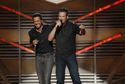 Luke Bryan and Blake Shelton to Co-Host 2014 Academy of Country Music Awards
