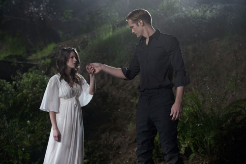 Amelia Rose Blaire and Alexander Skarsgard in 'True Blood'