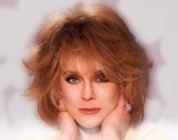 Ann Margret Joins Ray Donovan