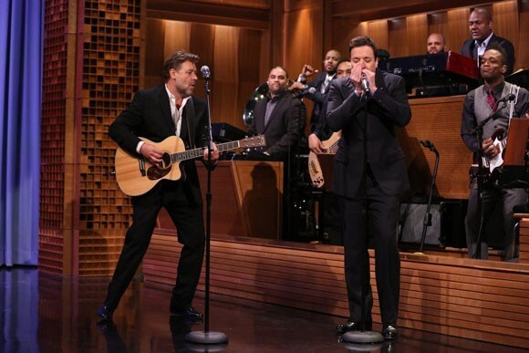 Russell Crowe and Jimmy Fallon Perform Folsom Prison Blues