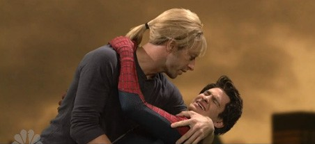 Chris Martin and Andrew Garfield kiss on SNL