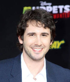 Josh Groban to Host Rising Star