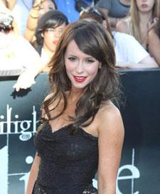 Jennifer Love Hewitt Joins Criminal Minds