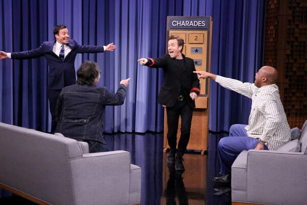 Ewan McGregor, Charles Barkley and Jimmy Fallon Play Charades
