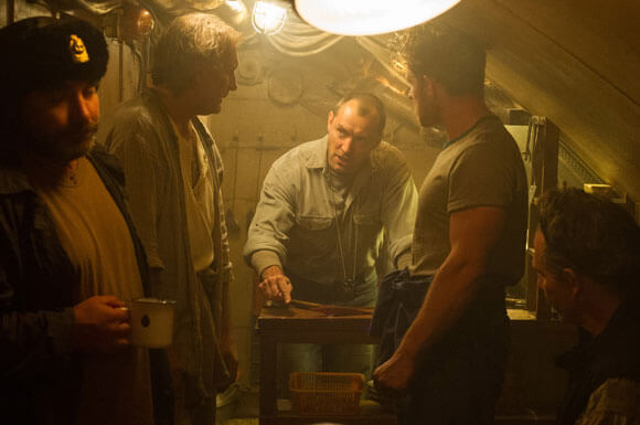 Black Sea Movie Review - Starring Jude Law
