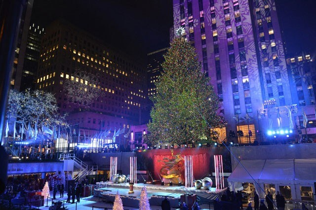 Mariah Carey Performs on Christmas in Rockefeller Center