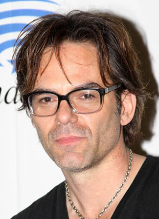 Billy Burke and Kristen Connolly Joins Zoo Cast